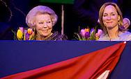 AMSTERDAM - Princess Beatrix and Princess Margarita during Jumping Amsterdam in Amsterdam  COPYRIGHT ROBIN UTRECHT