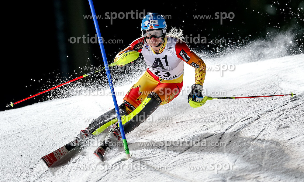 13.01.2015, Hermann Maier Weltcupstrecke, Flachau, AUT, FIS Weltcup Ski Alpin, Flachau, Slalom, Damen, 1. Lauf, im Bild Erin Mielzynski (CAN) // Erin Mielzynski of Canada in action during 1st run of the ladie's Slalom of the FIS Ski Alpine World Cup at the Hermann Maier Weltcupstrecke in Flachau, Austria on 2015/01/13. EXPA Pictures © 2015, PhotoCredit: EXPA/ Johann Groder