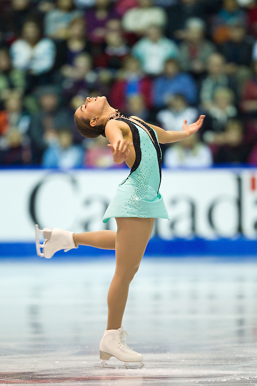 GJR382 -20111029- Mississauga, Ontario,Canada-  Cynthia Phaneuf of Canada skates her free skate at Skate Canada International, in Mississauga, Ontario, October 29, 2011.<br /> AFP PHOTO/Geoff Robins