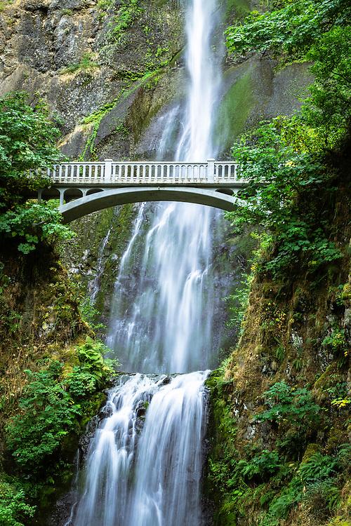 wallpaper waterfall nature