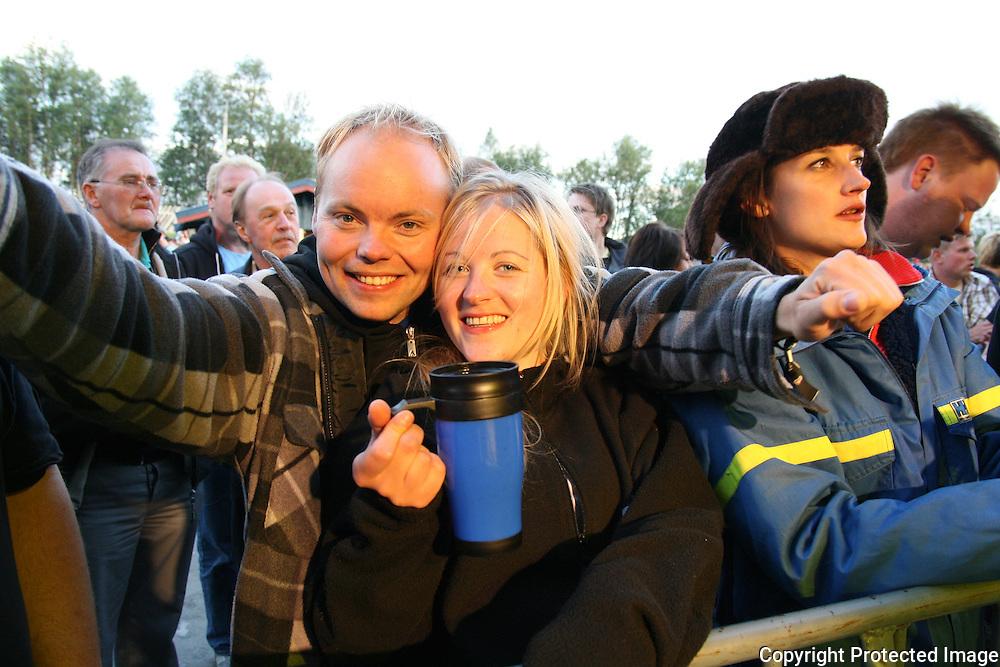 Det ble stemning med Sven-Ingvars på Tydalsfestivaln. Foto: Bente Haarstad