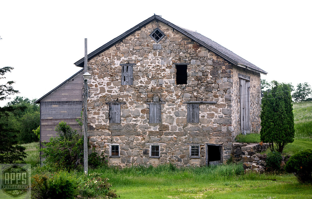 A collection of Barns that still can be seen while traveling the countryside in  the beautiful State of Wisconsin.<br /> Columbia County- Stone Barn Hwy 22, 1 mile north of Hwy 33 Barns from around the State of Wisconsin.