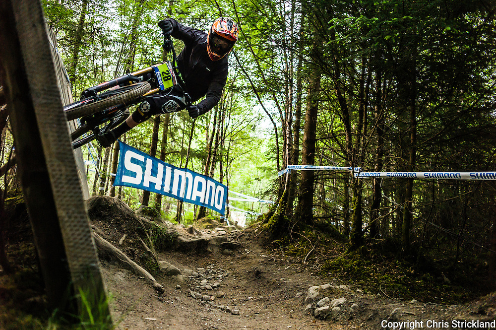 Nevis Range, Fort William, Scotland, UK. 4th June 2016. Linda Jager of France in action. The worlds leading mountain bikers descend on Fort William for the UCI World Cup on Nevis Range.