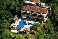 Benson Estates, Herradura