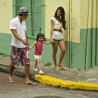 A family enjoys a day at Panama´s old city.