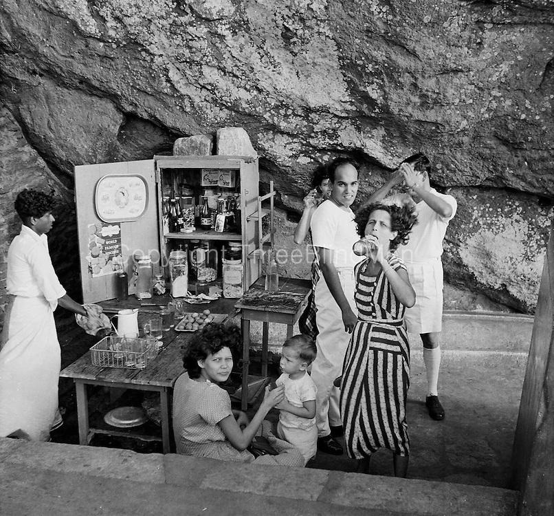At Sigiriya.<br /> Pictures by Bertram Rulach