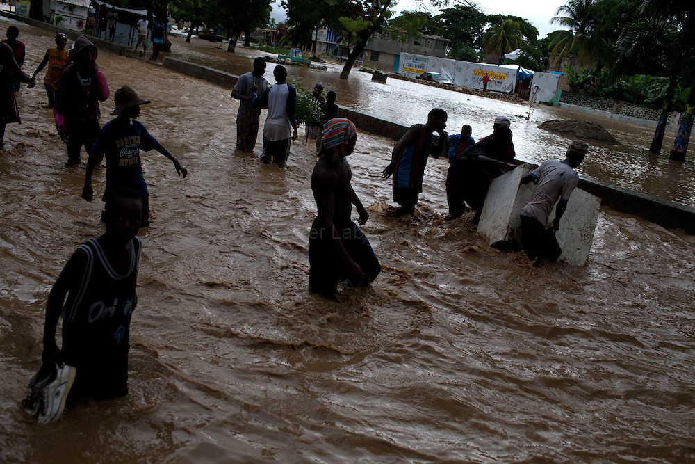 After hurricane Tomas went through Haiti, the city of Leogane has been totally flooded by the heavy rain and the overflow of the river Roullorne.///
