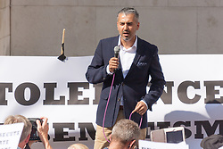 """Royal Courts of Justice, London,  August 31st 2014. Quilliam Foundation leader Maajid Nawaz speaks out against religious intolerance as thousands of Jews and their supporters from London and across the UK demand """"Zero Tolerance for Antisemites"""", organised by the Campaign Against Antisemitism"""