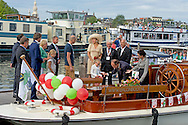 29-8-2015 AMSTERDAM - Koningin M&aacute;xima ontmoet Veerle Maas . Koningin M&aacute;xima is zaterdag 29 augustus bij de Ambassadeursdagen van Stichting Opkikker die dit jaar haar twintigjarig jubileum viert in het nemo in Amsterdam . COPYRIGHT ROBIN UTRECHT <br /> 29-8-2015 AMSTERDAM - Queen M&aacute;xima is Saturday, August 29th at the Ambassador Days 'cheer up' Stichting Opkikker  which this year celebrates its twentieth anniversary. COPYRIGHT ROBIN UTRECHT