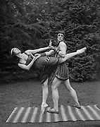 Anna Pavlova as Cleopatra and Laurent Novikoff as Amoun in 'Cléopâtre' at Ivy House, Hampstead Heath, London, England 1923