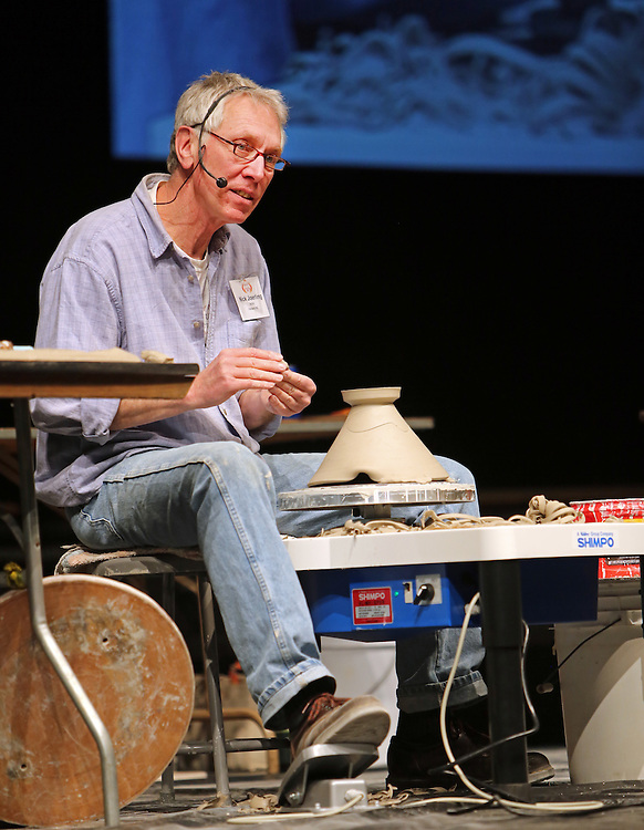 Nick Joerling demonstrates at Alabama Clay Conference 2015.