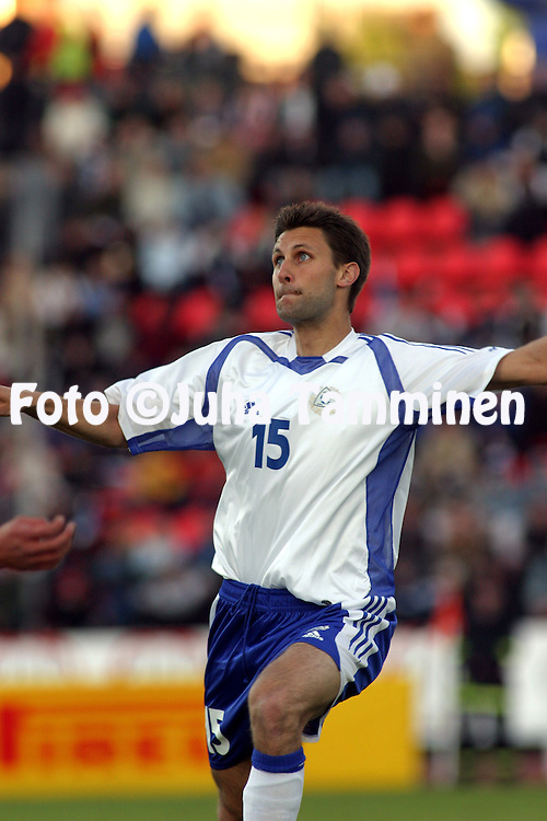 28.05.2004, Ratina Stadium, Tampere, Finland..Friendly International match, Finland v Sweden.Jari Ilola - Finland.©Juha Tamminen