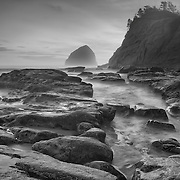 Cape Kiwanda - Haystack And Tide Pools - Oregon Coast - Sunset - Black & White