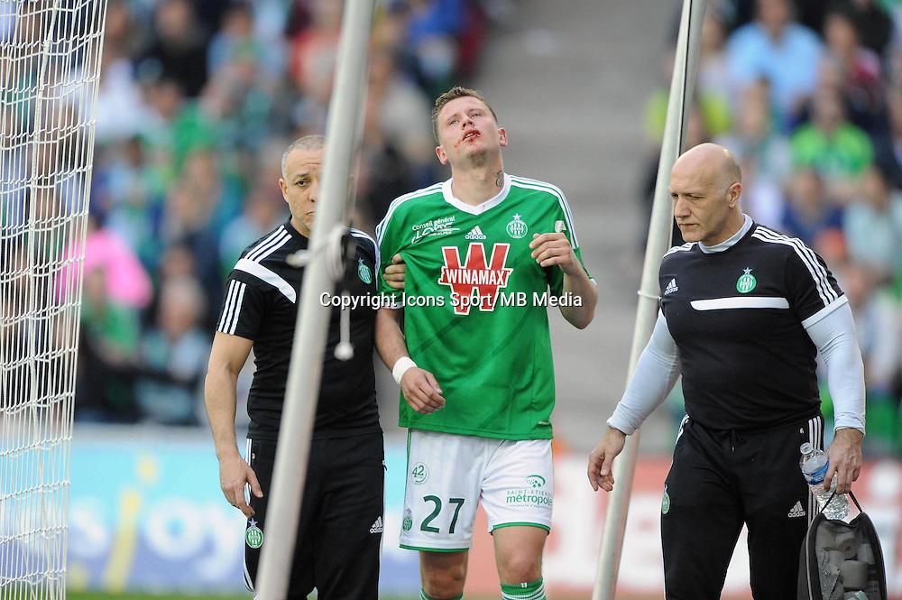BLESSURE DE Franck TABANOU  - 12.04.2015 - Saint Etienne / Nantes - 32eme journee de Ligue 1 <br /> Photo : Jean Paul Thomas / Icon Sport