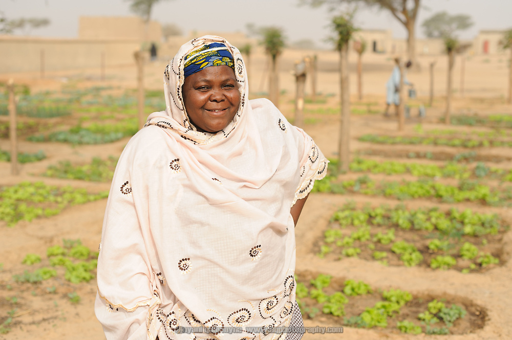 Mariama Abdou is a beneficiary of a Save the Children garden program at the Integrated Health Centre in in Guindaoua in the Tessaoua region of Zinder.