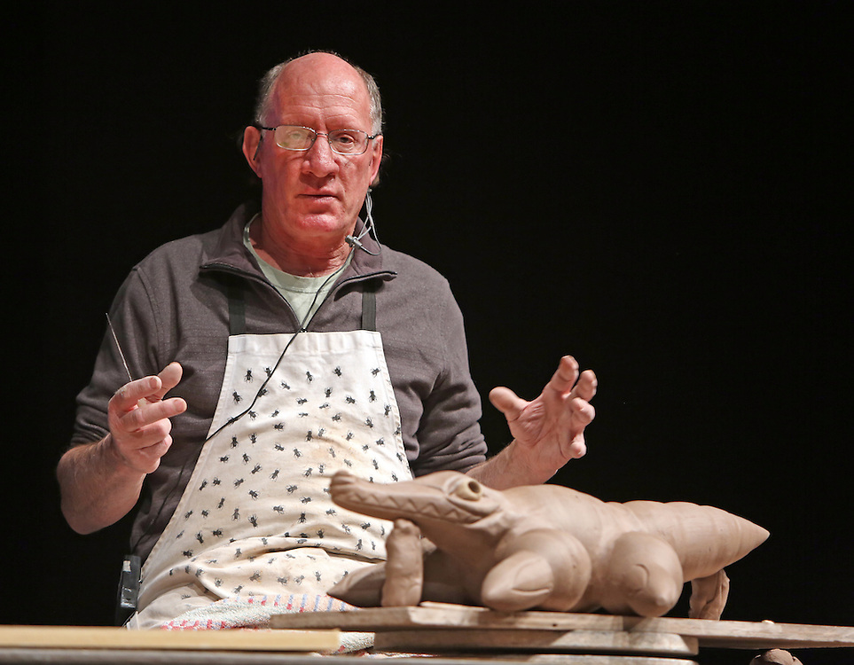 Peter Rose demonstrates at Alabama Clay Conference 2015.
