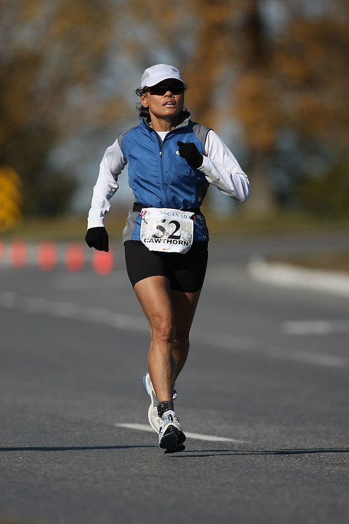 (Ottawa, ON---18 October 2008) GLORIA CAWTHORN competes in the 2008 TransCanada 10km Canadian Road Race Championships. Photograph copyright Sean Burges/Mundo Sport Images (www.msievents.com).