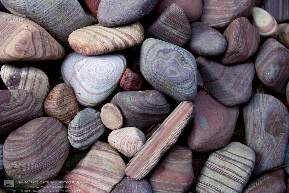 River rock patterns