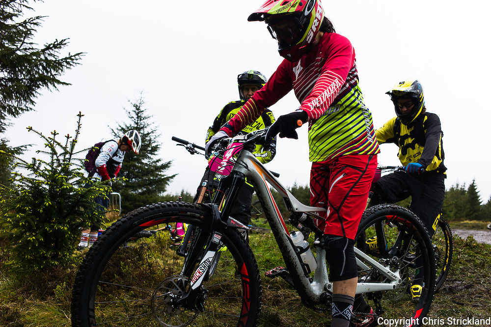 Glentress, Peebles, Scotland, UK. 31st May 2015. Anneke Beerten, Anne Caroline Chausson, Cecile Ravenel and Tracey Mosley at the start of Stage 5 at The Enduro World Series Round 3 taking place on the iconic 7Stanes trails during Tweedlove Festival. The women are the top enduro riders on the planet.