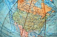 02/05/13 - ORLEAT - PUY DE DOME - FRANCE - Mapemonde et cartographie de l Amerique du Nord - Photo Jerome CHABANNE - Contact: 06 07 33 72 57