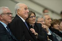19 DEC 2014, DRESDEN/GERMANY:<br /> Helmut Kohl (L), CDU, Bundeskanzler a.D., und Maike Richter-Kohl (R), Ehefrau von Helmut Kohl, Veranstaltung der Konrad-Adenauer-Stiftung am 25. Jahrestag der Rede von Helmut Kohl vor der Ruine der Frauenkirche, Albertinum<br /> IMAGE: 20141219-01-090<br /> KEYWORDS: Frau, Gattin, wife