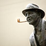 Photog: Rajah Bose.Bing Crosby Statue