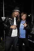 6/9/2010 - CMT Awards Backstage - Originals