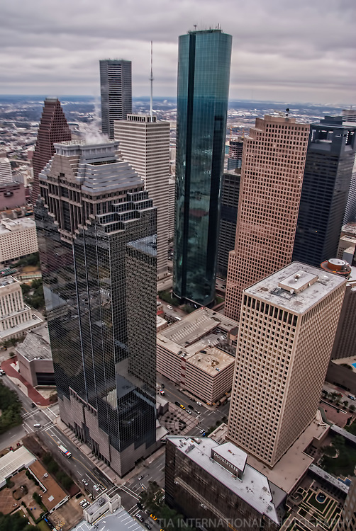 Downtown Houston featuring Heritage Plaza & Wells Fargo Bank Plaza