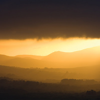 Mystical golden sunrise highlands ring of kerry ireland / kr045
