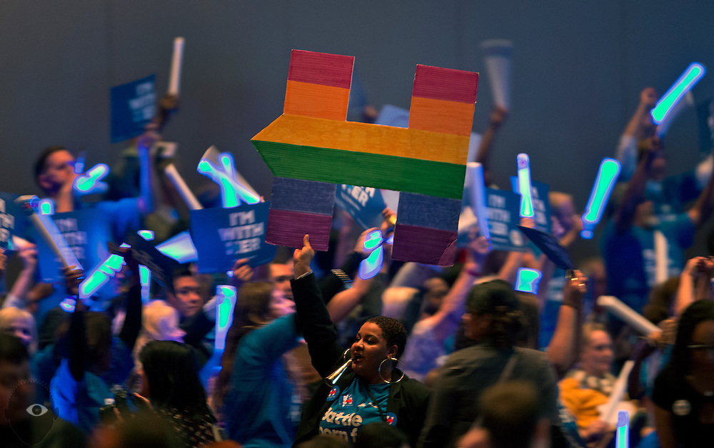 """Hillary Clinton supporters cheer for her during the Nevada State Democratic Party """"Battle Born / Battleground"""" First in the West Caucus Dinner at The MGM Grand on Wednesday, January 6, 2015.  L.E. Baskow"""