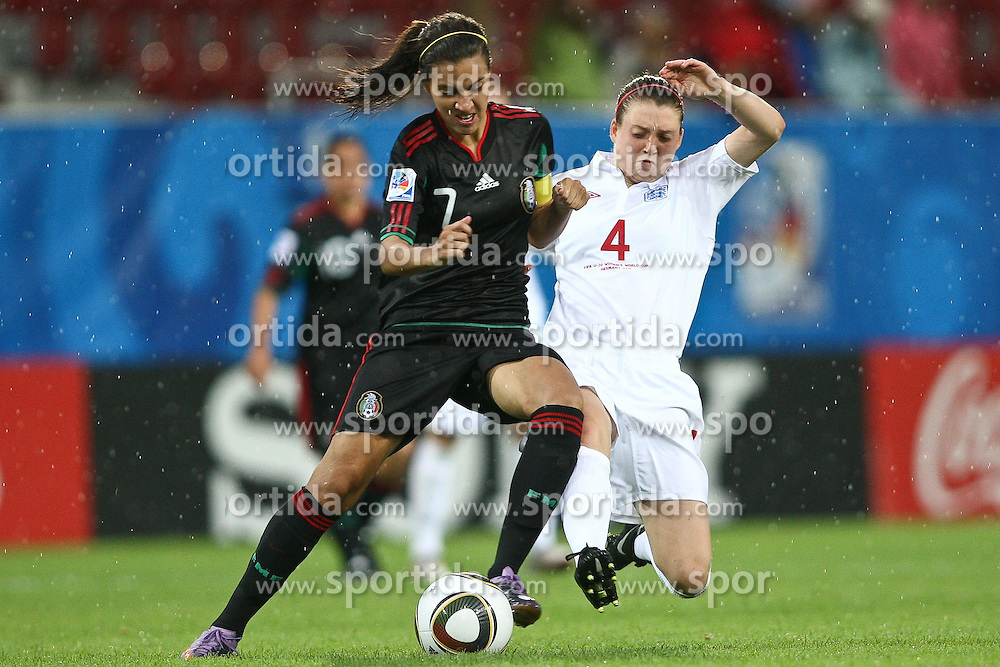 17.07.2010,  Augsburg, GER, FIFA U20 Womens Worldcup, England vs Mexico,  im Bild Rangel Nayeli (Mexico Nr.7) im kampf mit Jade Moore (England Nr.4)  , EXPA Pictures © 2010, PhotoCredit: EXPA/ nph/ . Straubmeier+++++ ATTENTION - OUT OF GER +++++ / SPORTIDA PHOTO AGENCY
