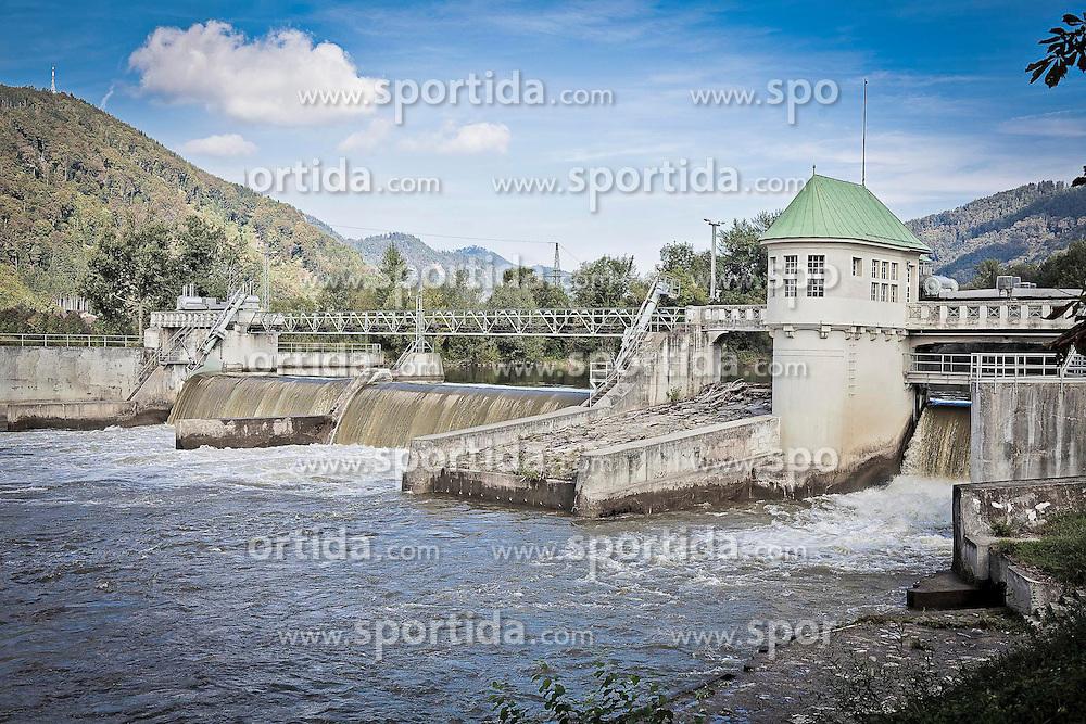 22.09.2011, Gratkorn, AUT, Feature, im Bild ein Wasserkraftwerk das ökologischen Strom produziert, EXPA Pictures © 2011, PhotoCredit: EXPA/ Erwin Scheriau