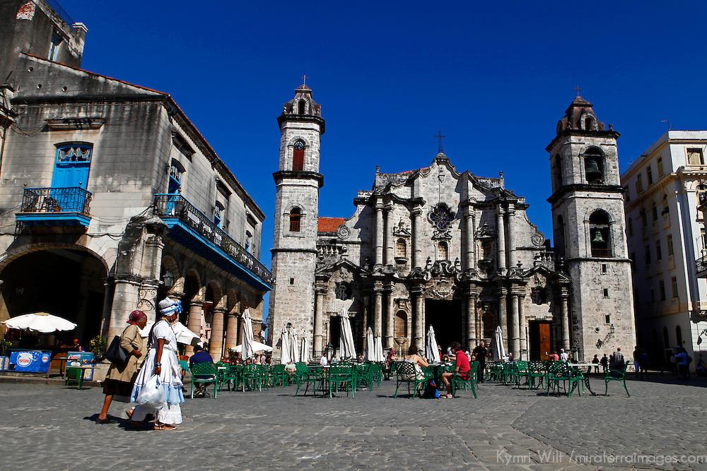 Central America, Cuba, Havana. Plaza del la Catedral, Havana.