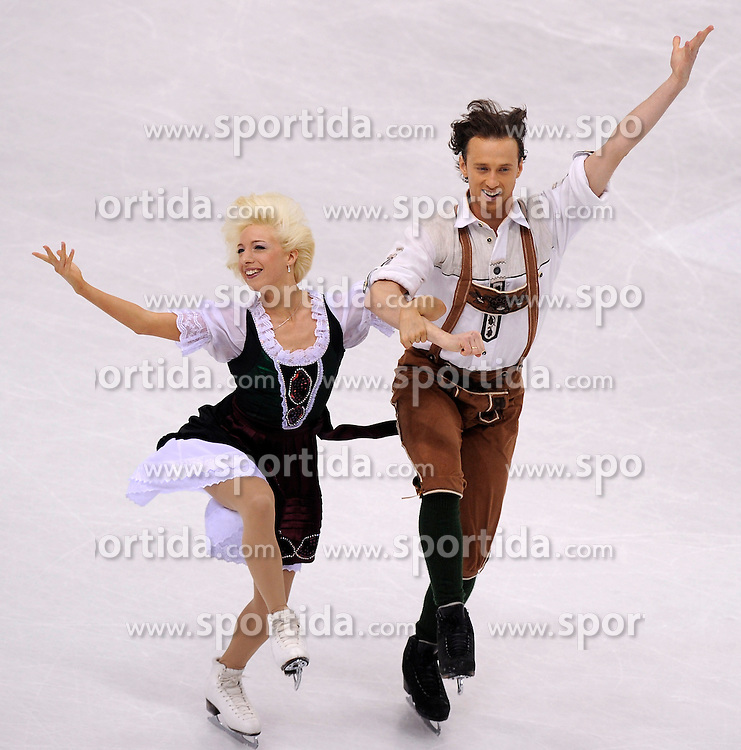 25.03.2010, Torino Palavela, Turin, ITA, ISU World Figure Skating Championships Turin 2010, im Bild, Paarlauf Kira Geil and Dmitri Matsjuk (AUT). EXPA Pictures © 2010, PhotoCredit: EXPA/ InsideFoto/ Perottino / SPORTIDA PHOTO AGENCY