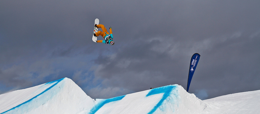 SHOT 12/19/13 12:35:21 PM - French snowboarder Yannick Boudjelal competes in the Men's Snowboard Sloepstyle Qualifiers at the U.S. Snowboarding and Freeskiing Grand Prix on December 19, 2013 at Copper Mountain, Colorado.<br /> (Photo by Marc Piscotty / &copy; 2013)