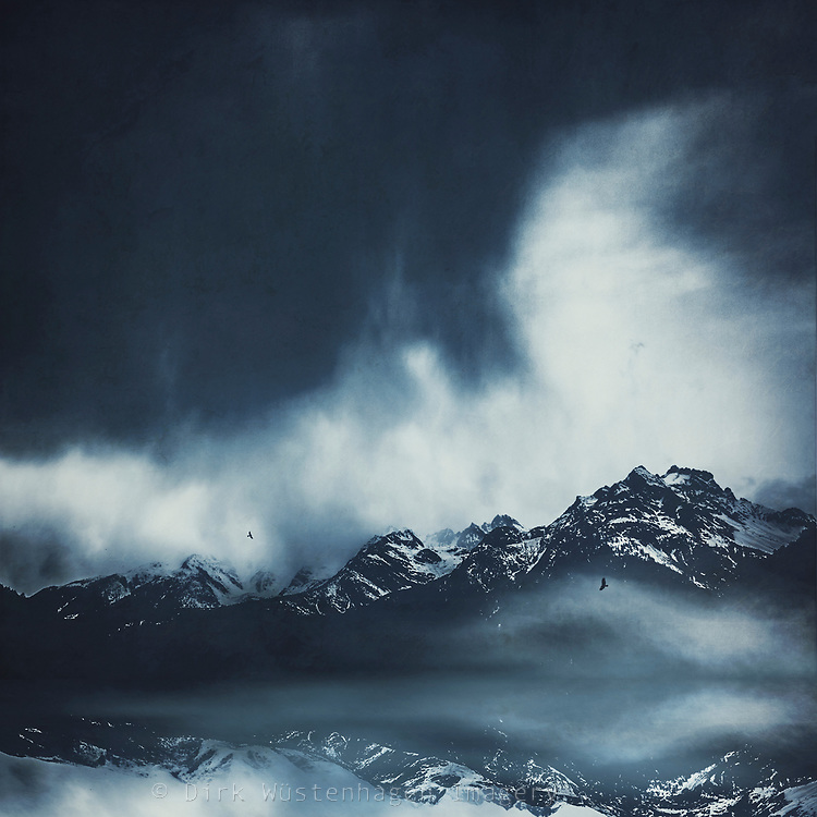 Italian Alps ant the end of Winter<br />