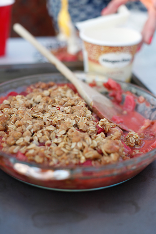 Stawberry rubarb crisp with vanilla ice cream.