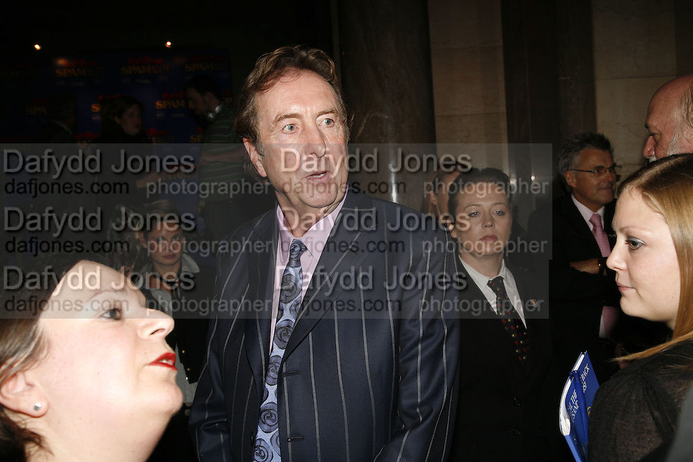 ERIC IDLE, Opening of Spamalot at the Night Palace Theatre and afterwards at Freemasons Hall Gt. Queen St.  London. 17 October 2006. -DO NOT ARCHIVE-© Copyright Photograph by Dafydd Jones 66 Stockwell Park Rd. London SW9 0DA Tel 020 7733 0108 www.dafjones.com