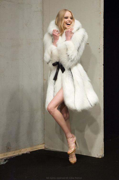 model backstage during Ungaro fashion show