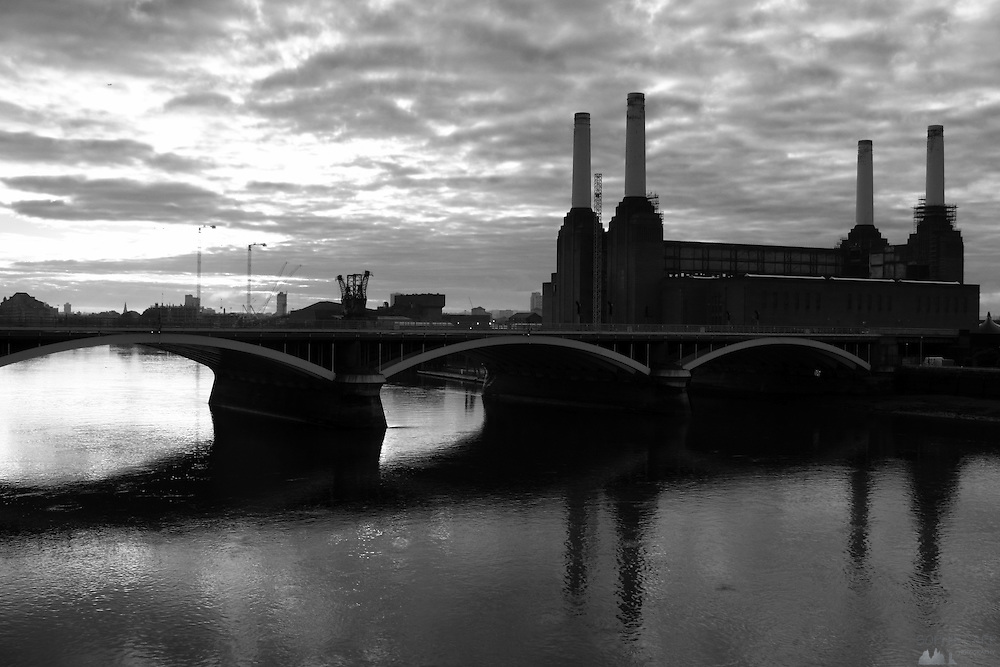 Battersea Power Station seen from Chelsea Bridge