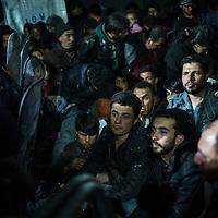 Migrants, mostrly form Syria waiting to cross the Greek Macedonian border next to the Greek Village of Idomeni, Greece. FEDERICO SCOPPA/CAPTA