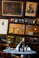 cafes and bars NY877A
