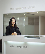 Vision Express consultant<br />