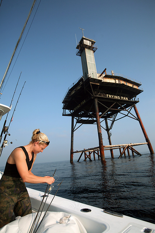 Freediving and spearfishing at the frying pan shoals tower for Frying pan tower fishing