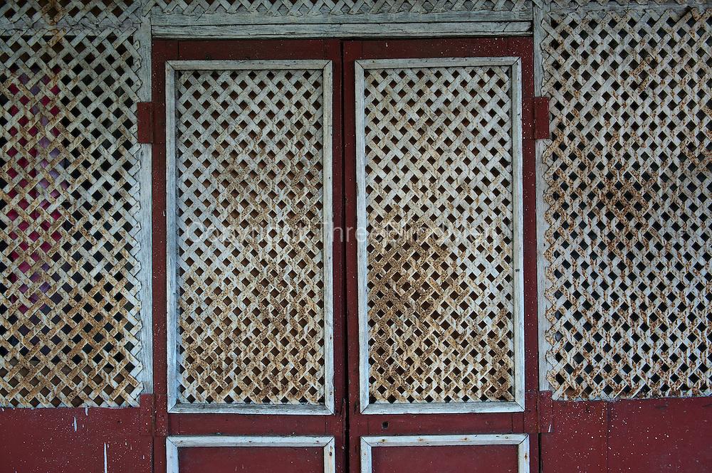 Mauritius. Trellis facade.