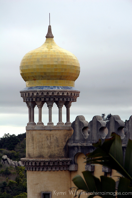 Europe, Portugal, Sintra. Pavilion lookout at the Pena National Palace, a UNESCO World Heritage Site.