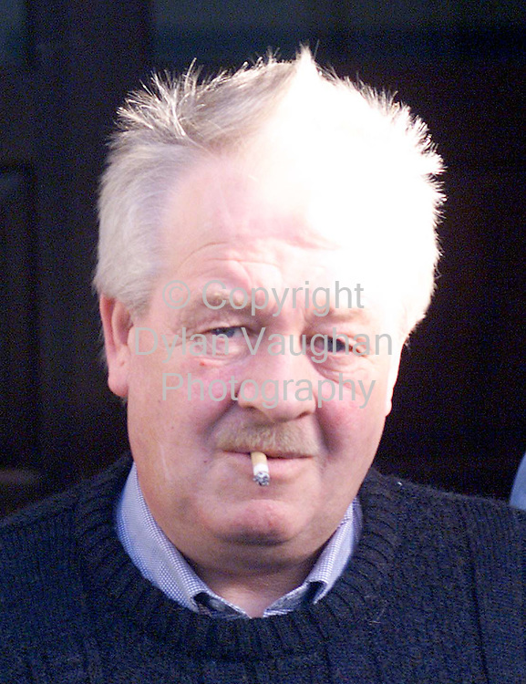 19/1/99 IRISH INDEPENDENT NEWS.JOHNNY EVANS PICTURED OUTSIDE KILKENNY COURT YESTERDAY.