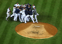 The New York Yankees celebrate after defeating the Philidelphia Phillies in Game 6 of the 2009 World Series at Yankees Stadium. (Photo by Robert Caplin)<br /> <br /> <br /> ****ONE TIME USE IN SPORTS REFER FOR LENS BLOG.