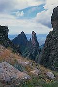 Pyramid 2914m and Column 2926m from Tseketseke Pass. Ukhahlamba-Drakensberg Park, KwaZulu-Natal, South Africa.