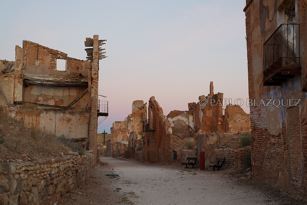 14/07/2016. The ruins of houses and churches stand on July 14, 2016 at Old Belchite village, in Aragon province, Spain. Before Franco's coup on 18 July 1936, Belchite village had a socialist mayor. Within a few days Franco's forces arrested Belchite's government. The battle of Belchite took place on 24 August to 7 September 1937, during the Spanish Civil War confronting left wing Republicans and right wing General Franco's forces, until the Republicans conquered the village. On March 1938, Franco's regime took control of Belchite again after approximately 30 bombings with the help of Italian's war planes. The result of these battles and bombings was a devastated village and over three thousands deaths. Then Franco ordered to leave the ruins untouched, as a living monument of war, and started to build the New Belchite village just beside. (© Pablo Blazquez)